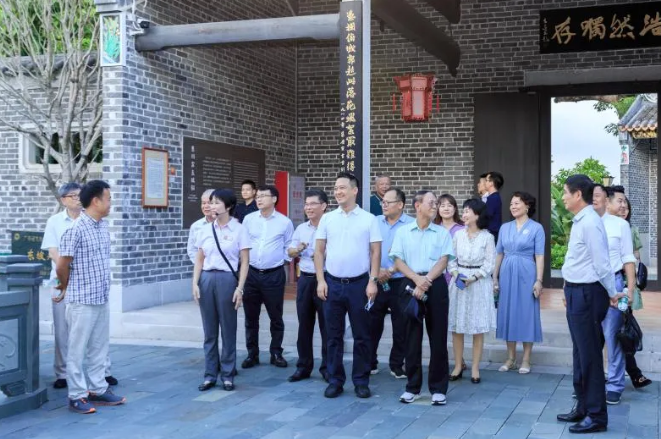 粤旺集团董事长万俊华陪同原中央统战部副部长胡德平赴惠州调研